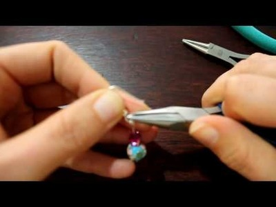 Onehourcraft.com.  Jewellery Lesson 1: How to make a simple pair of earrings