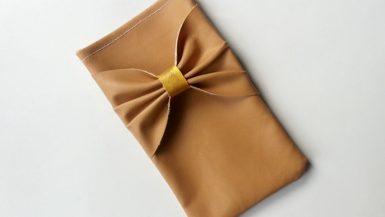 How To Create Simple Bow Phone Pouch - DIY DIY Tutorial - Guidecentral