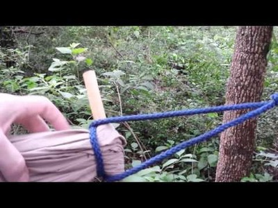 How to tie a kids bedsheet hammock. Close up.