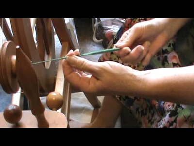 Nancy Today: how to spin roving into yarn ASMR