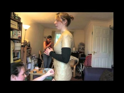 The making of a paper tape dress form (time lapse)