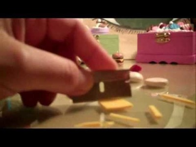 How to make a mini hamburger out of polymer clay