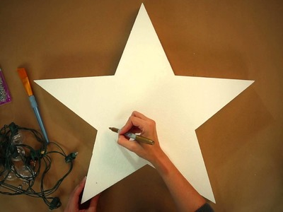 Make a Light-Up Holiday Star (+ Giveaway!) - HGTV - Weekday Crafternoon