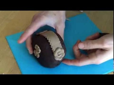 Mini Purse Cakes: How to Make the Chocolate Coin Purse