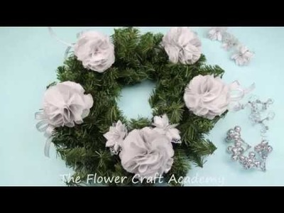 Flower Frill Christmas Wreath Decoration Tutorial