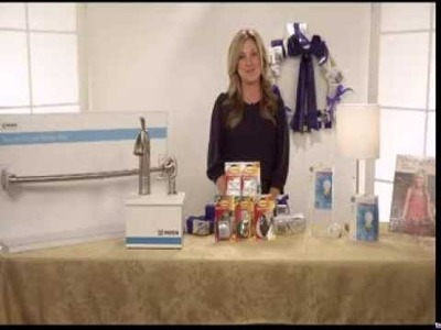 Holiday Quick Fixes with HGTV host Kelly Edwards and Candace Rose