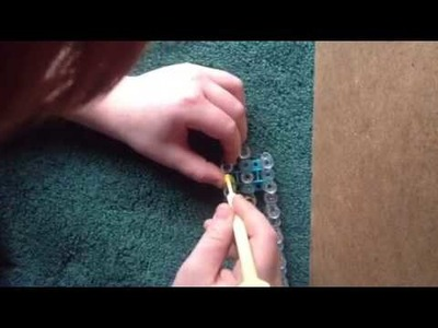 How to make a animal skin rainbow loom bracelet easy