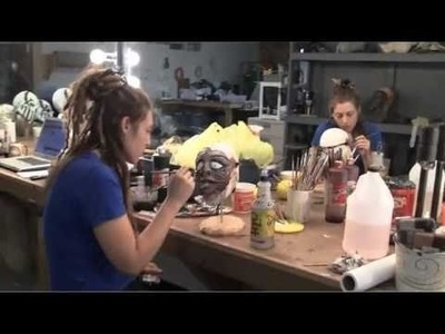 ROBERT KURTZMAN'S CREATURE CORPS  Episode 7: Creating Zombie Suits