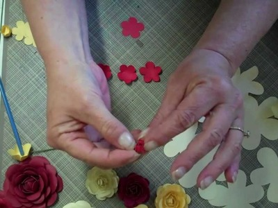 Paper rose tutorial 1