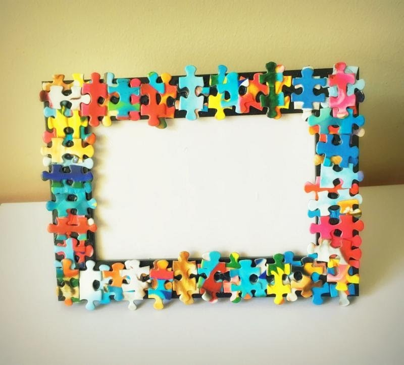 Tutorial: Recycle old puzzles to decorate a photo frame - Best out ...