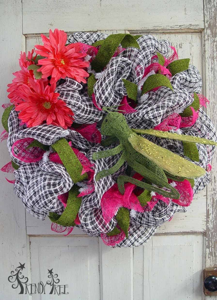 Spring Basket Weave Wreath with Grasshopper Tutorial