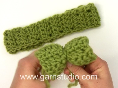 DROPS Crocheting Tutorial: How to work a hair band with a bow in Baby DROPS 25-13