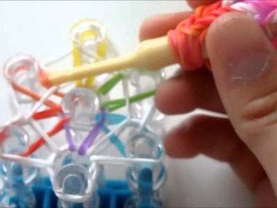 Starburst Ring with Rainbow Loom