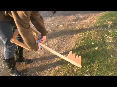 How to make a Keyblade from Kingdom Hearts?  By LazyNinja2011