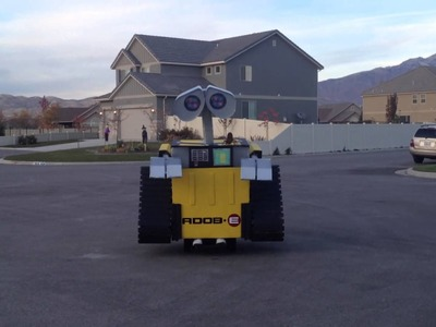 Coolest Homemade Wall-E Halloween Costume