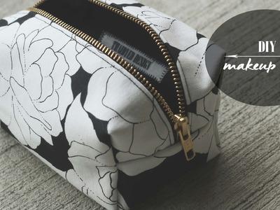 DIY: Makeup Bag