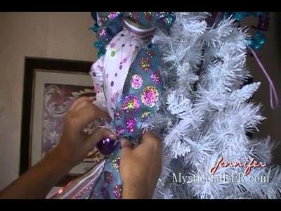 Decoración Navideña Colas de Cintas Arbolito :::.  ☆ Jennifer Perez of Mystic Nails ☆