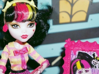 Monster High Draculaura Aula de Arte - boneca unboxing