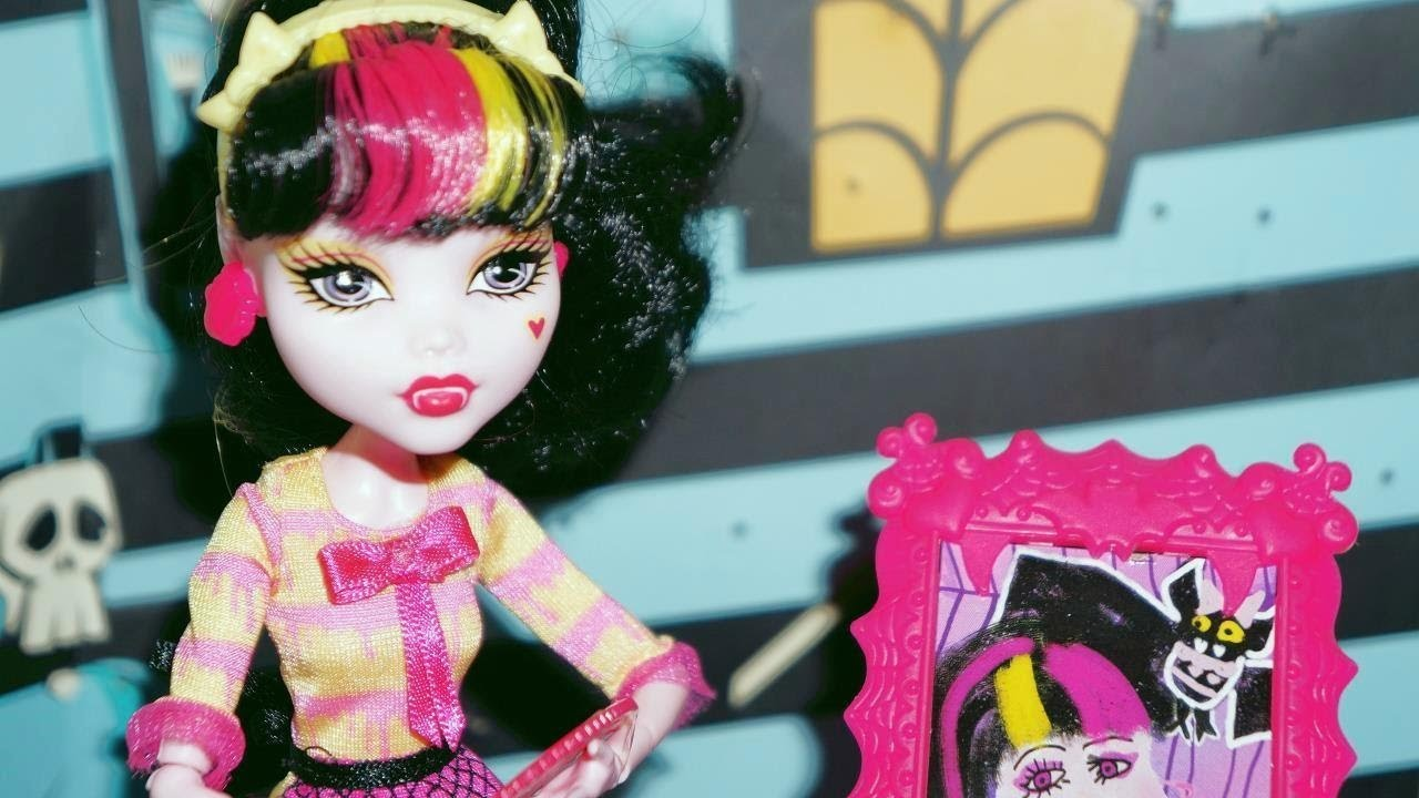 Monster High Draculaura Aula de Arte - boneca unboxing