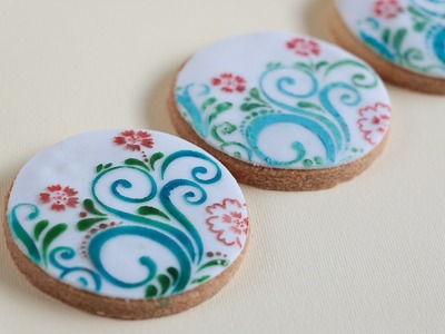3 Ways To Colour Stenciled Cookies