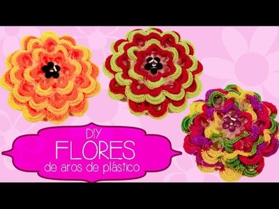 Flores 3D de aros de plástico.3D Flowers made with water botle plastic rings