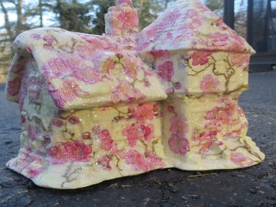 How to  Decoupage a Ceramic House Shabby Style