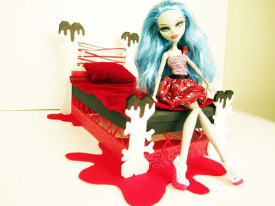 How to make a Ghoulia Yelps Doll Bed Tutorial. Monster High
