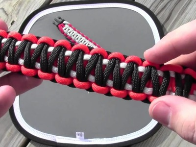3-Color King Cobra Paracord Bracelet