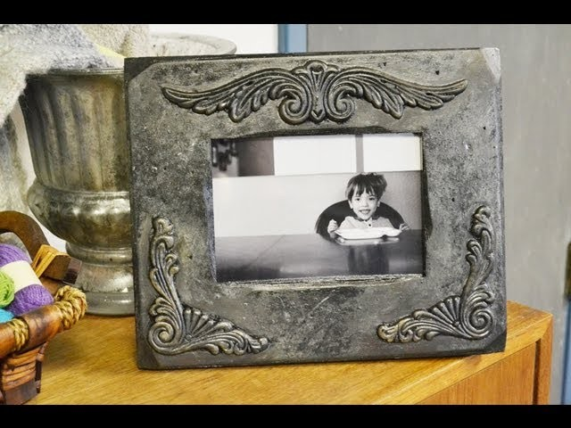 DIY Christmas Gift for Mom - Make an Antiqued Picture Frame!