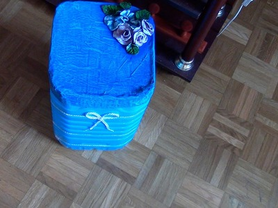 CESTA DE ROPA CON GARRAFA DE QUEROSENO - LAUNDRY BASKET MADE WITH KEROSENE BOTTLE