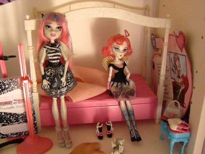 MI COLECCION DE MONSTER HIGH