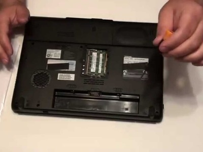 DIY How to repair your laptop's CD rom,  hard drive & memory in no time ?