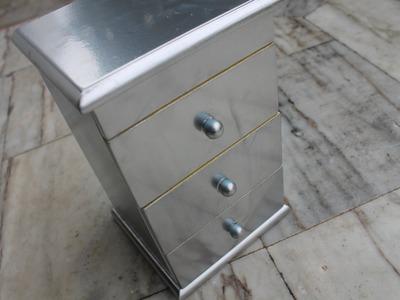 DIY: Renovate your jewelry box