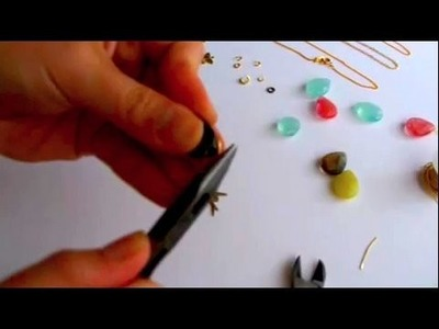 How-to Make a Charm Drop Necklace, Threadbanger