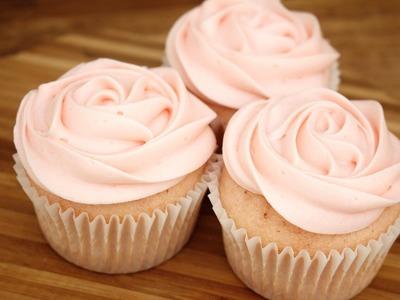 Pink Velvet Rose Cupcakes