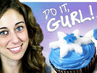 Sugar Snowflake Cupcakes - Do It, Gurl