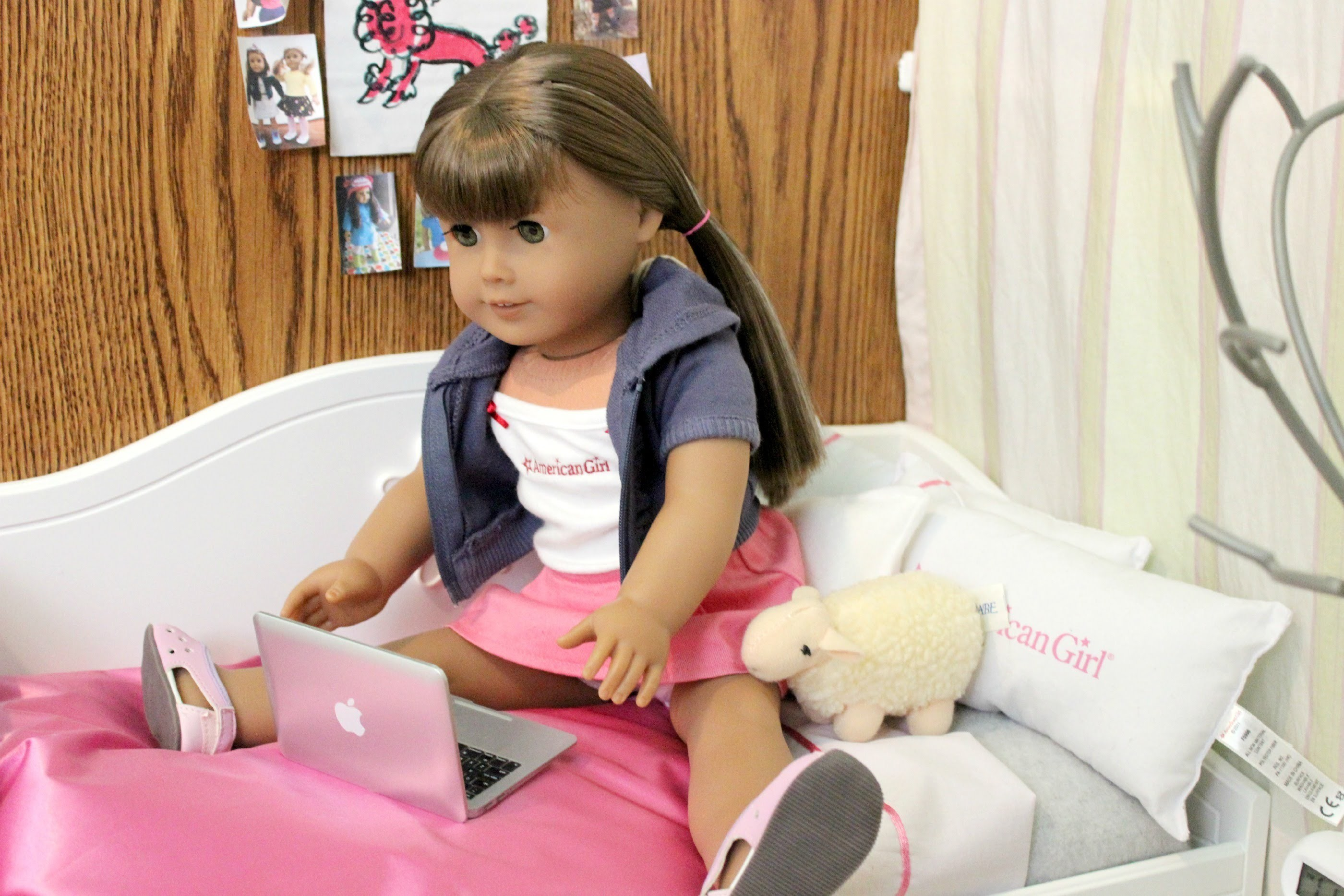 Making an American Girl Doll Room