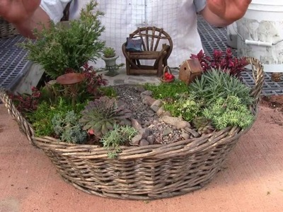 Planting a Miniature Garden Container