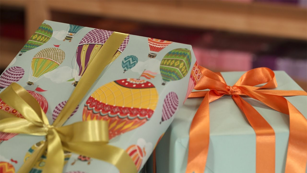 How to Wrap a Gift & Tie a Bow 101 || KIN DIY