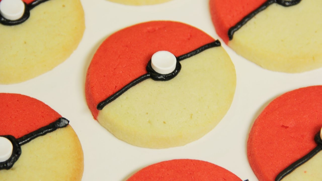 POKEMON POKEBALL COOKIES - NERDY NUMMIES