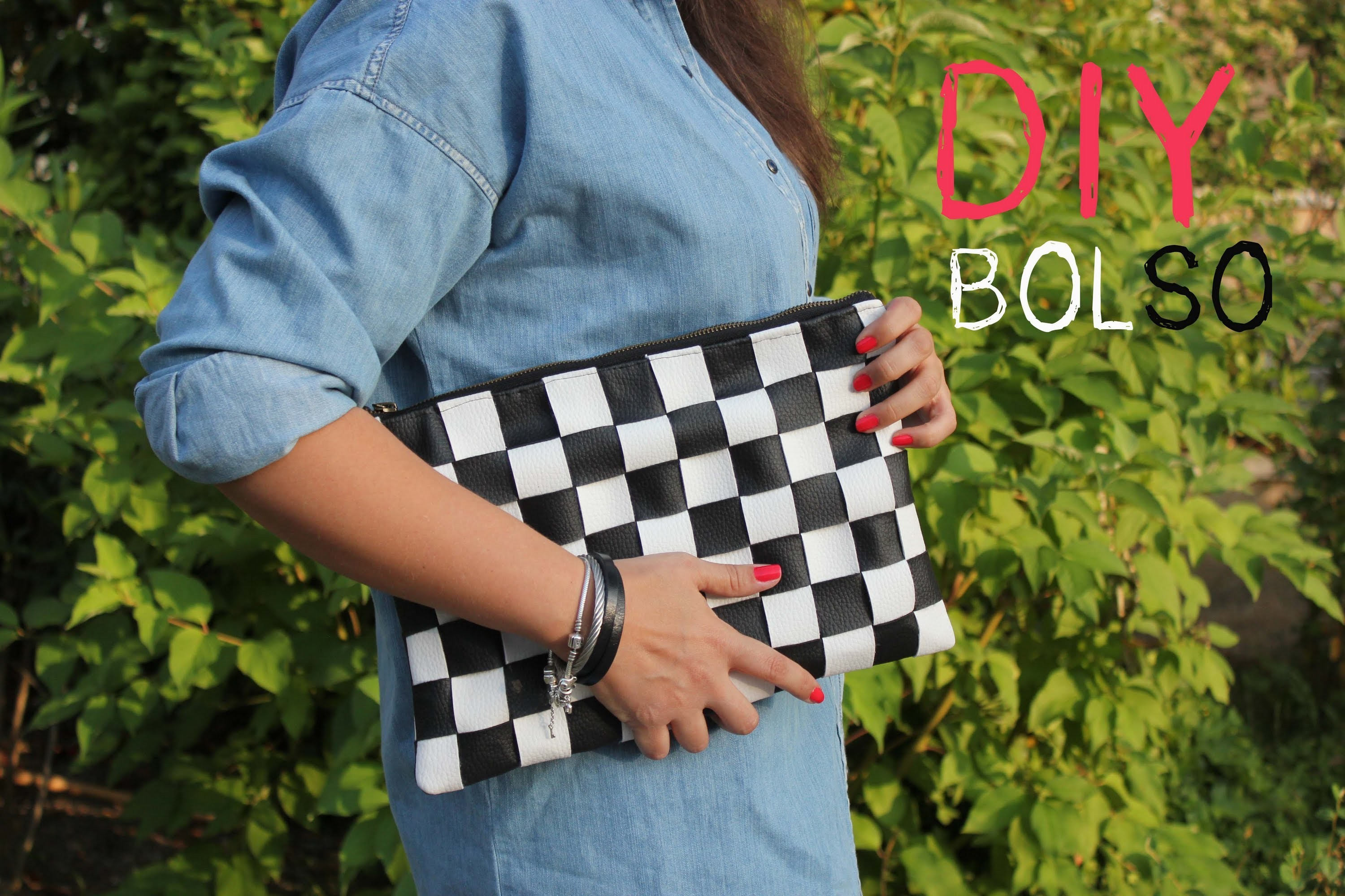 DIY Bolso de cuero damero. DIY black and white leather bag