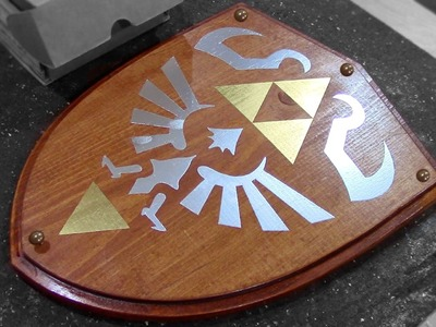 How to Make: Link's Wooden Shield - Zelda