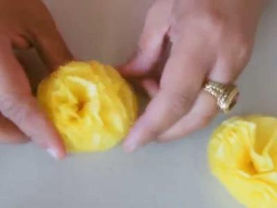 Pompones con papel de seda