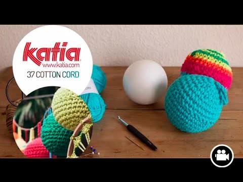 DIY Cotton Cord ball garland · Guirnalda de bolas
