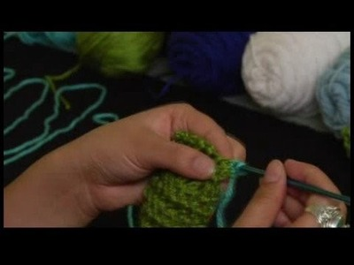 How to Crochet a Scarf : Starting Single Crochet Trim for Scarf