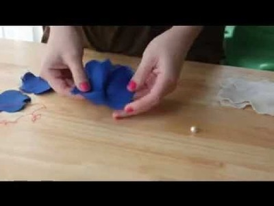 How to make a fabric flower. Como hacer una flor de tela paso a paso