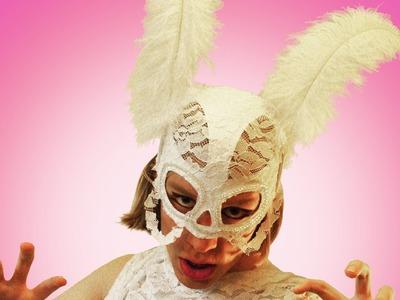 Lady Gaga Ostrich Feather Paparazzi Mask – Sire Sasa tutorial 28