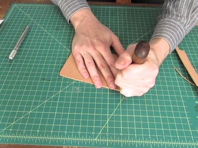 Tutorial: Making a Simple Leather Card Holder