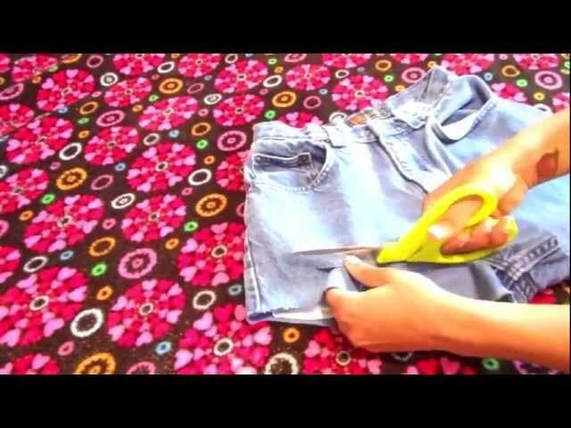 DIY | distressed denim shorts