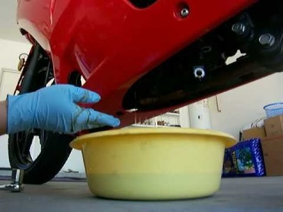 How to Change your Oil on a 2008 Kawasaki Ninja 250R Part 1